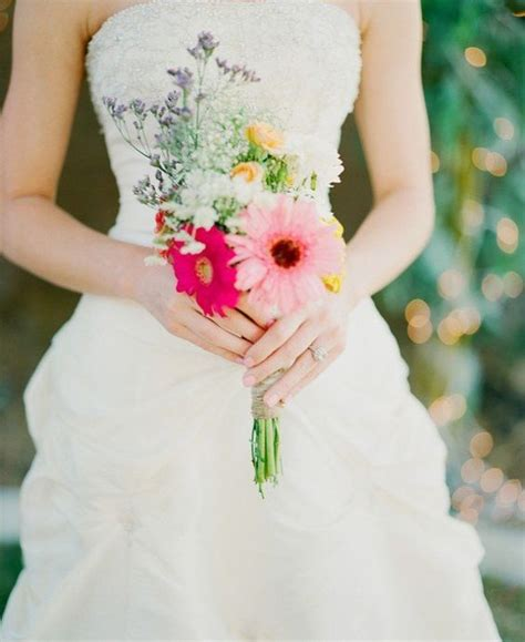 Small Wedding Bouquets by 18 Adorable Small Wedding Bouquets For Your Big Day