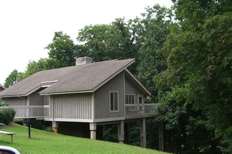 State Parks In Ky With Cabins barren river lake state resort park cabin kentucky