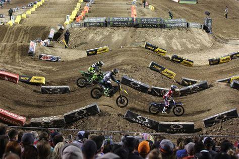 las vegas motocross race ryan dungey gets supercross three peat unsure about