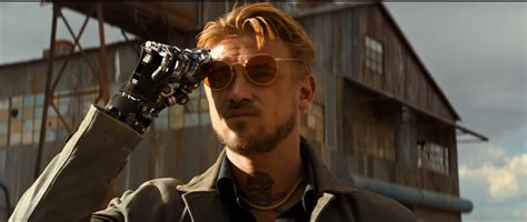film robot yang di kendalikan manusia 5 rasa penasaran yang ada di trailer film logan
