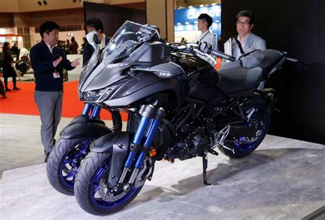 yamaha mostra moto de  rodas   alta cilindrada