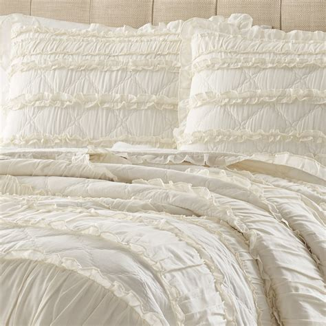 ruffled coverlet stone cottage solid ruffle quilt set from beddingstyle com