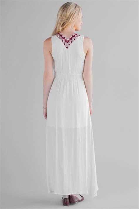 Supplier Amara Maxi By Dieeko villadiego embroidered maxi dress s
