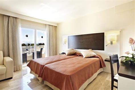 apartamentos cisne blanco menorca grupotel port d alcudia mallorca espa 241 a opiniones