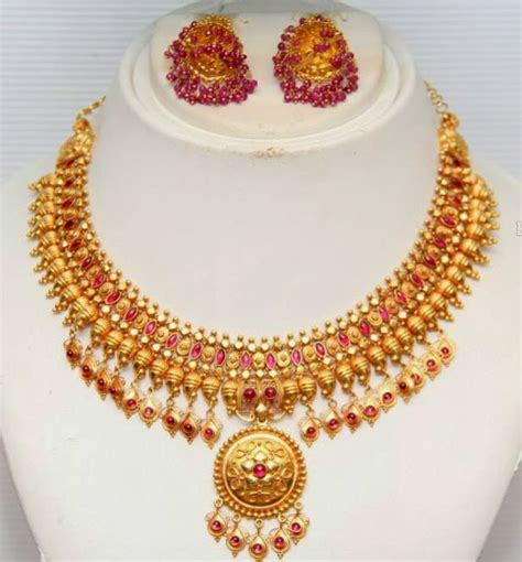 Traditional Gold Necklace by GRT Jewellers   Jewellery Designs
