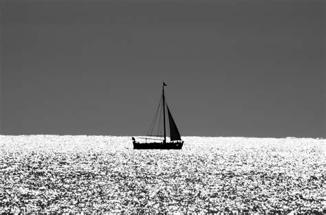 find a boat at sea boat at sea free stock photo public domain pictures