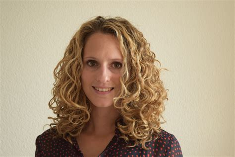 curly hairstyles volume get more root volume clipping curly hair with bobby pins