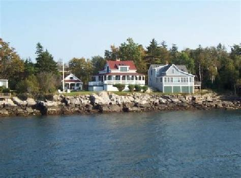 island living off the coast of portland maine picture