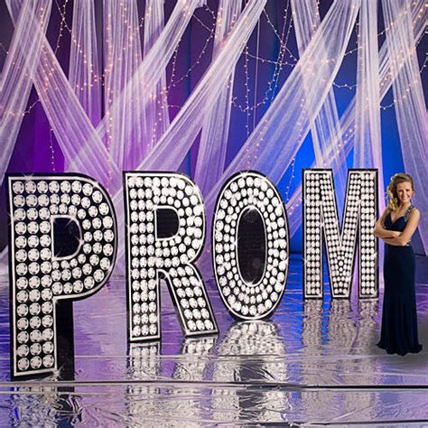 theme names for prom top 10 prom themes school dances party decorations