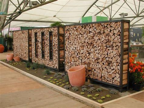 unterstand aus holz feuerholz holz unterstand lager sichtschutz sichtschutz
