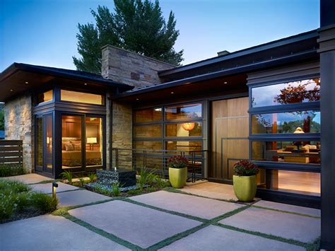 custom modern homes contemporay modernist custom home builds and remodels