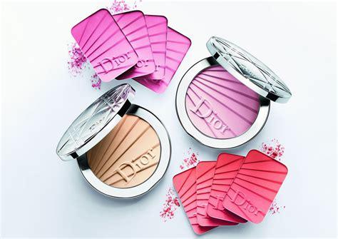 Lipstik Gradien sambut musim hadirkan rangkaian kosmetik