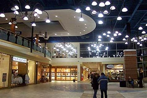 billings bridge plaza