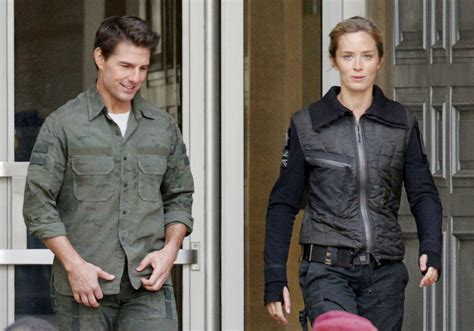 film tom cruise emily blunt emily blunt in tom cruise films all you need is kill 2