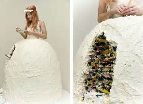Unusual Wedding Dresses Uk A List Of Inappropriate Wedding Dresses Everafterguide