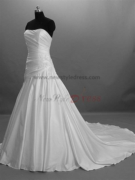 Chest Appliques Draped Chest with beading Chapel Train Princess Strapless Satin Elegant