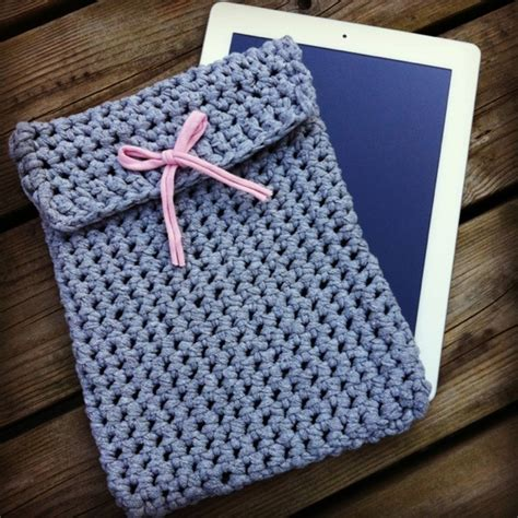 t shirt yarn clutch pattern 307 best images about t shirt yarn crochet on pinterest