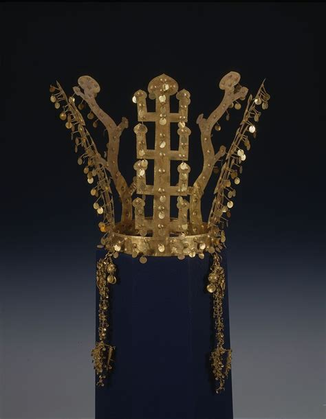 silla in korea silla gold crown crowns of silla korea crown crown