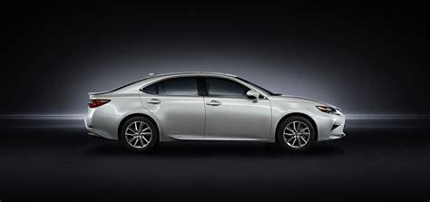 2016 lexus es revealed with new four cylinder subtle changes