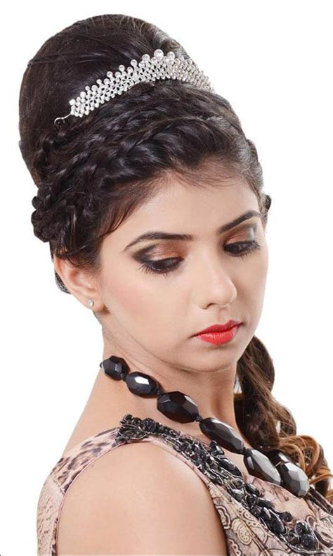 Bridal Hairstyles With Tiara by Bridal Hairstyles 38 Gorgeous Looks For This Wedding Season