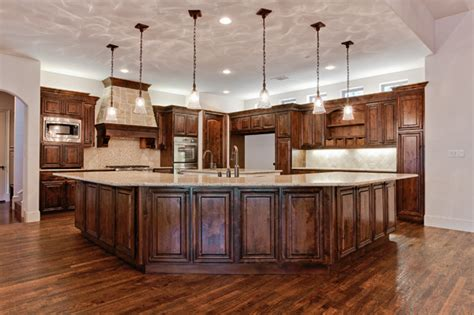 Kitchen Fixtures Dallas Tx Building A Custom Home In Dallas Kitchen Lighting Tips