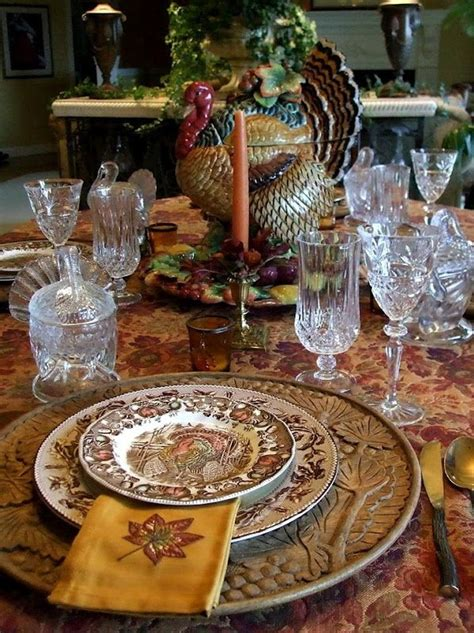 thanksgiving table set thanksgiving table setting set the table