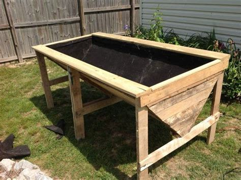 Raised Planter Boxes With Legs by Raised Garden Beds On Legs 152 Vertical Gardening