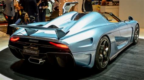 koenigsegg regera hybrid koenigsegg creates a new breed of hyper hybrid with 1 500