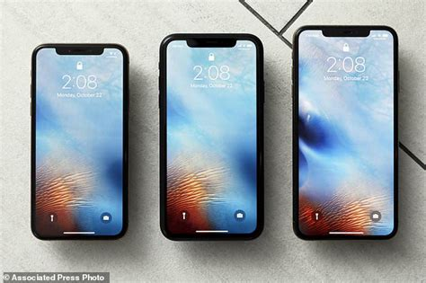 iphone xr makes the right trade offs for a cheaper price daily mail