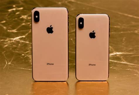 apples iphone xs xs max incrementally   bigger