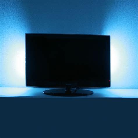 fernseher beleuchtung hintergrund hinter jeden fernseher geh 246 rt led beleuchtung tv
