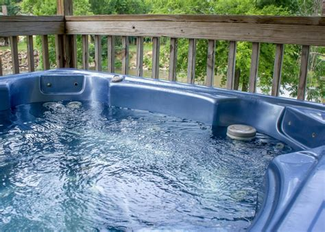 Chalets In Pigeon Forge Tn by Pigeon River Chalet Chalet In Pigeon Forge W 3 Br Sleeps10