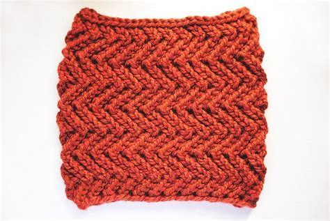 zig zag cowl crochet pattern this zig zag knit cowl made with wool ease thick quick