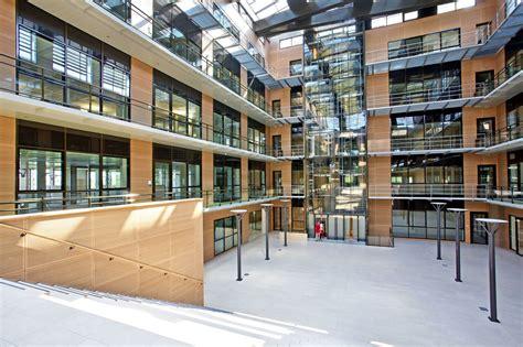 siege social macif nuevas oficinas de macif ile con muebles actiu