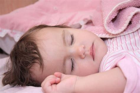 baby wann durchschlafen endlich wieder durchschlafen babyern 228 hrung
