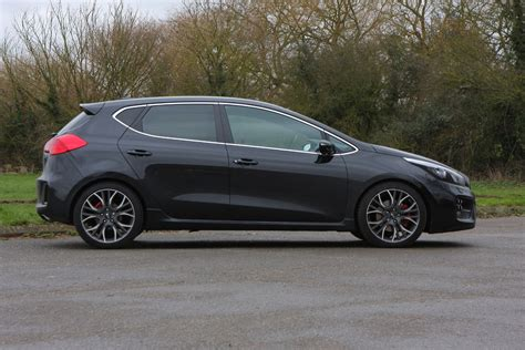 Kia Ceed GT Review (2013   )   Parkers