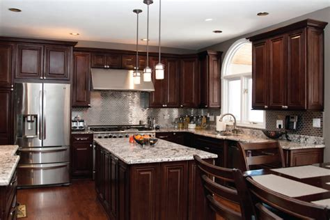kitchen cabinets kitchener kitchen cabinets kitchener everlast custom cabinets