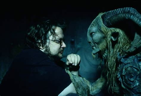 wall papers laberinto del fauno faun and ofelia mother s death pan s labyrinth