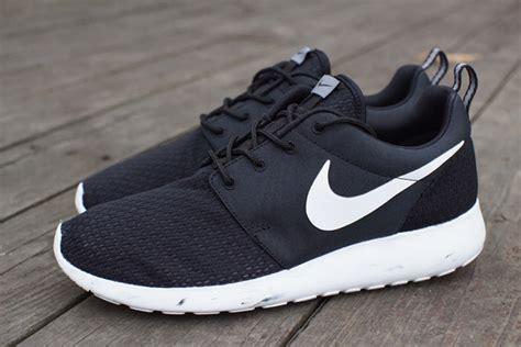Nike Roshe Run Black White nike roshe run quot marble quot black white cool grey
