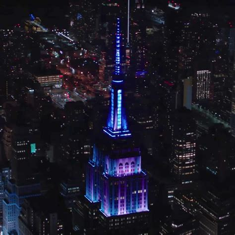 The Empire State Building Synced Its Lights To The Synced Lights