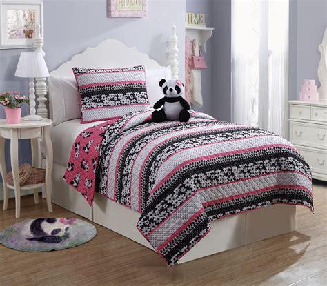 panda bed furry friends panda 3 piece quilt set