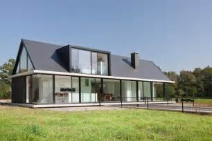 modern barn house modern barn style home showcases glazings and below grade r modern house designs