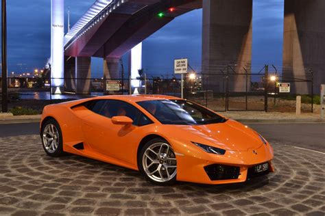 How Much Is The Lamborghini Huracan 2016 Lamborghini Huracan Lp 580 2 Goauto Overview