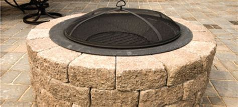 How To Build A Firepit With Pavers Do It Yourself Pit With Patio Blocks Patio Block Pit Use Paver Patio Blocks To Build A