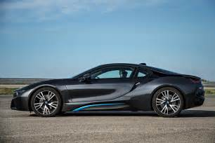 bmw i8 in hybrid sports car autotribute