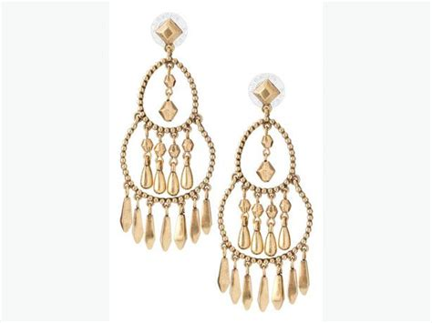 Stella And Dot Chandelier Earrings Stella And Dot Reverie Chandelier Earrings West Shore Langford Colwood Metchosin Highlands