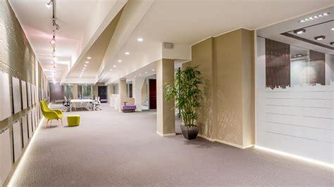 arredare ufficio come arredare un ufficio con pareti mobili e pavimenti