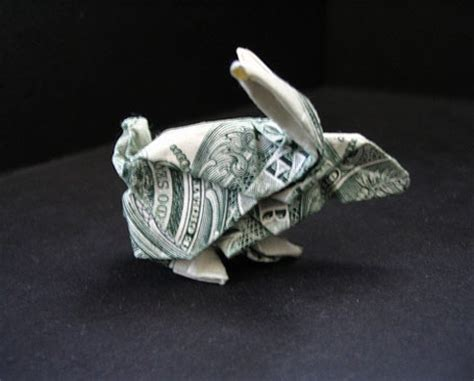 Dollar Bill Origami Rabbit - amazing collection of origami made out of dollar bills