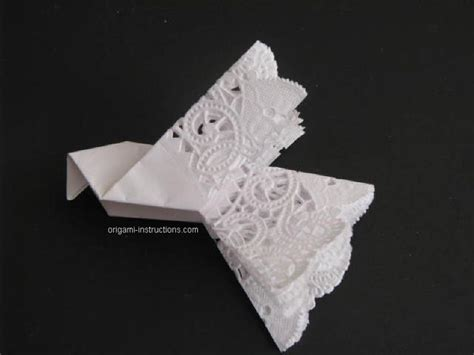 How To Fold A Paper Dove - how to fold paper doilies into doves these would be