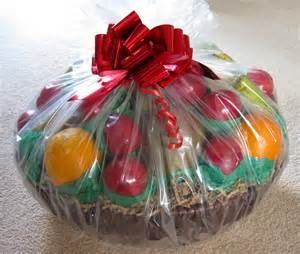 How To Wrap A Gift Basket With Cellophane - diy easy homemade christmas gift ideas games and celebrations